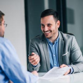 Por que o aluguel de sala de reunião é uma opção rentável?